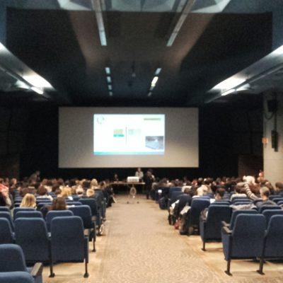 l'aula del Nosadella in cui si tengono le plenarie
