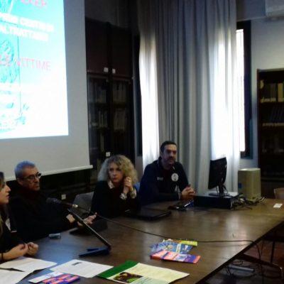 i colleghi Vella e Neri assieme agli esperti della Polizia di Stato all'istituto Tanari di Bologna