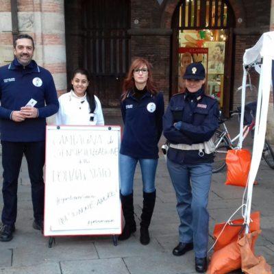 l'intervento in Piazza Maggiore